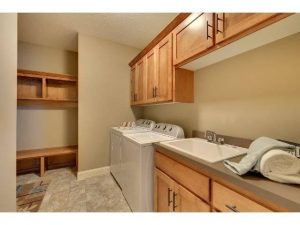 MN Laundry Room Cabinet Maker