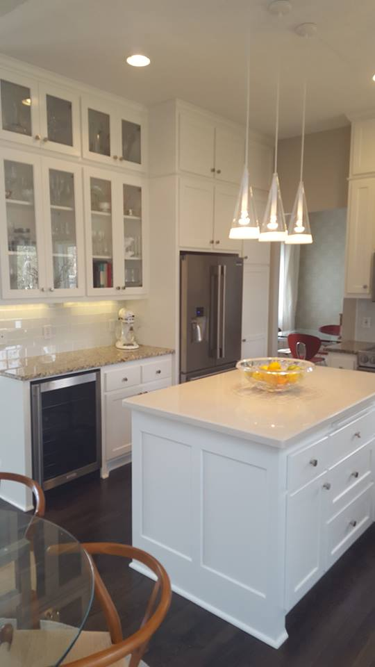 Cabinet replacement contractor woodbury mn for Kitchen cabinets repair contractors