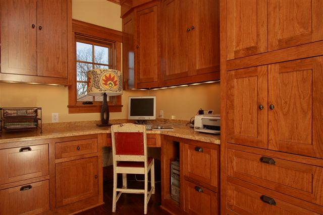 Home office kitchen cabinets mn for Home office in kitchen