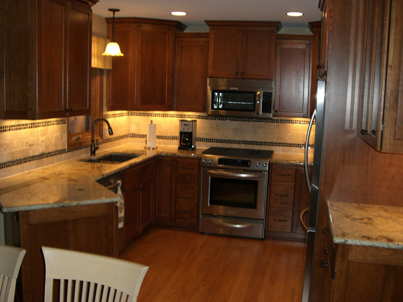 Custom kitchen remodel kitchen cabinets mn for Custom kitchen remodel